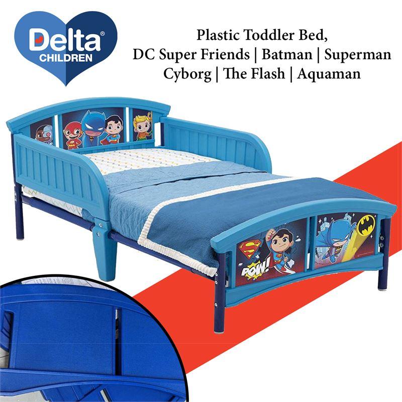 The Flash Cyborg Aquaman Superman DC Super Friends Delta Children Plastic Toddler Bed Batman